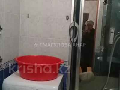 2-комнатная квартира, 58 м², 2 этаж помесячно, Бараева 25 за 130 000 〒 в Нур-Султане (Астана) — фото 3