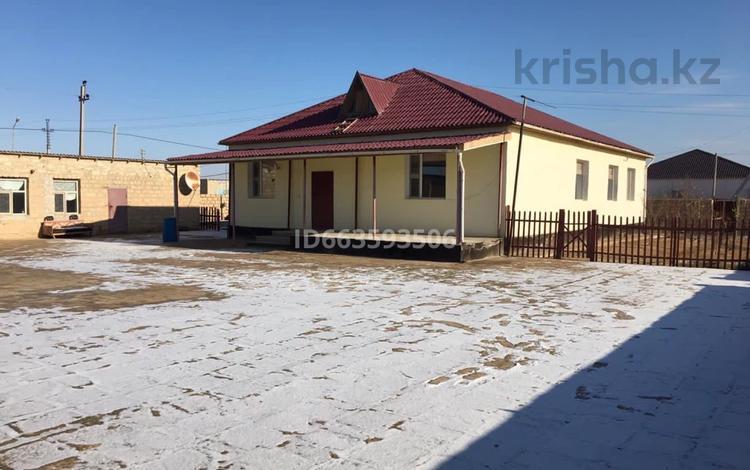 4-комнатный дом, 200 м², Алиев 01 за 8.5 млн 〒 в Жетыбае