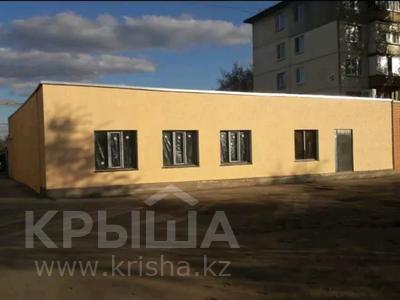 Здание, улица Ружейникова 10а площадью 350 м² за 200 000 〒 в Уральске