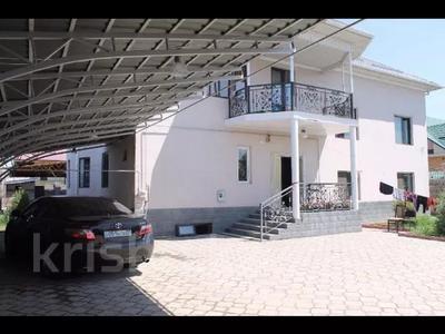 11-комнатный дом, 550 м², Квартал Казмис 4 334/1 за 53 млн 〒 в Алматы