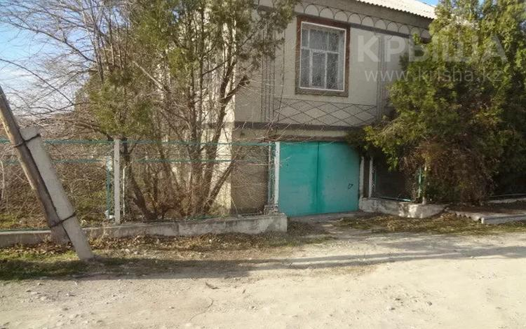 5-комнатный дом, 313.1 м², 9.34 сот., Сельская 49 за ~ 19 млн 〒 в Таразе