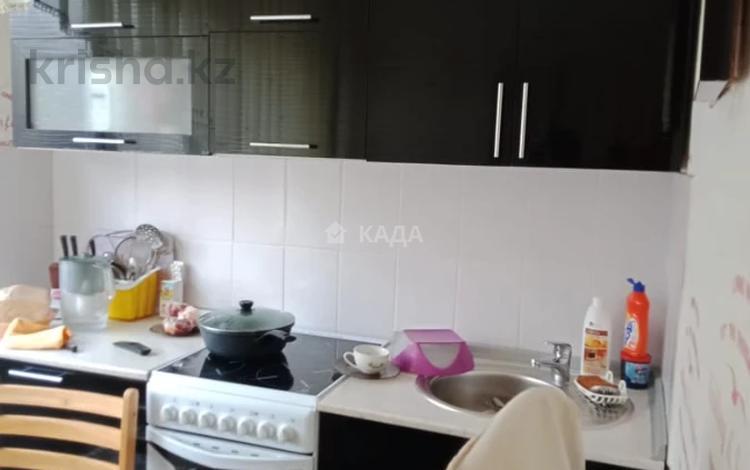 1-комнатная квартира, 33 м², 2/5 этаж, Льва Толстого 16 за 10 млн 〒 в Усть-Каменогорске