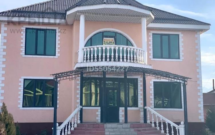 10-комнатный дом, 280 м², 8 сот., Бейбарыс 21 за 54.5 млн 〒 в Каскелене