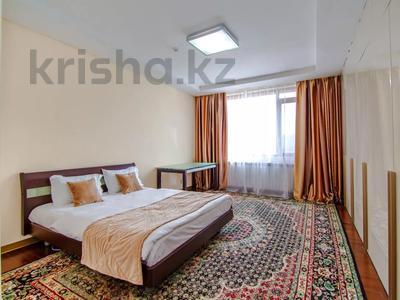2-комнатная квартира, 70 м², 9 этаж посуточно, Сарайшык 5 за 10 000 〒 в Нур-Султане (Астана), Есиль р-н