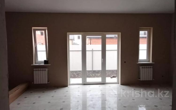 4-комнатный дом, 120 м², 3.5 сот., Куликова поля за 3.6 млн 〒 в Краснодаре