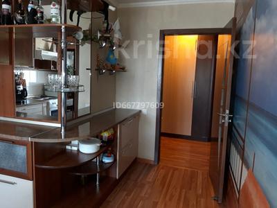 2-комнатная квартира, 71 м², 10/10 этаж, Ворушина 26А — Радищева за 16 млн 〒 в Павлодаре