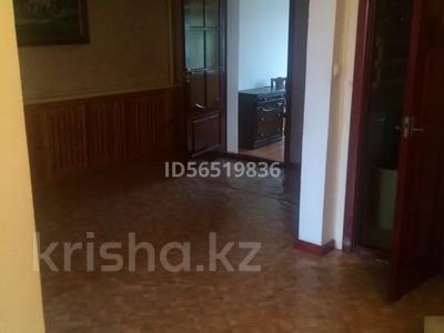 5-комнатный дом, 160 м², 105 сот., 4 мкр за 28 млн 〒 в Шымкенте, Абайский р-н — фото 12