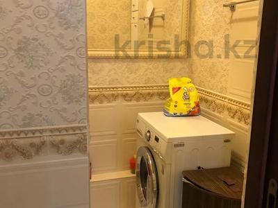 3-комнатная квартира, 130 м², 6/12 этаж поквартально, Керей Жаныбек хандар за 200 000 〒 в Нур-Султане (Астана), Есильский р-н — фото 12