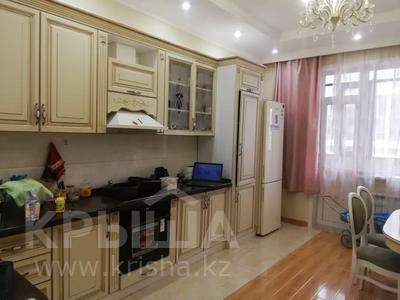 3-комнатная квартира, 130 м², 6/12 этаж поквартально, Керей Жаныбек хандар за 200 000 〒 в Нур-Султане (Астана), Есильский р-н — фото 2