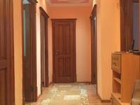 3-комнатная квартира, 92 м², 2/5 этаж помесячно