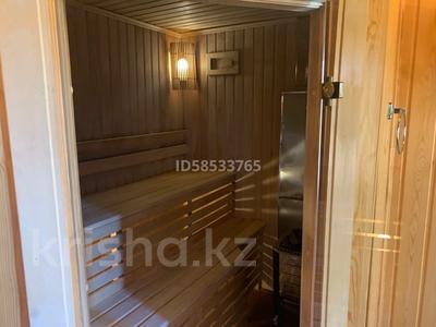 4-комнатный дом помесячно, 250 м², Табаган 1 за 900 000 〒 в Алматы, Бостандыкский р-н — фото 6