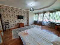 2-комнатная квартира, 80 м², 11/16 этаж посуточно, Гагарина проспект 124 — Абая за 13 000 〒 в Алматы