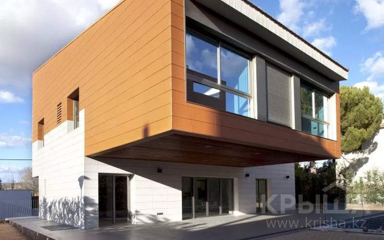 5-комнатный дом, 453 м², 6 сот., Carrer Alps, 57, 08195 Sant Cugat del Vallès 57 за 485 млн 〒 в Барселоне