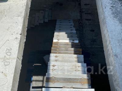 Здание, площадью 5100 м², мкр Аксай-3Б, Мкр Аксай-3Б 38А за 350 млн 〒 в Алматы, Ауэзовский р-н — фото 5