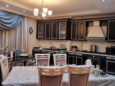 3-комнатная квартира, 200 м², 4/6 этаж помесячно, мкр Баганашыл 12 — Акиык за 700 000 〒 в Алматы, Бостандыкский р-н — фото 5