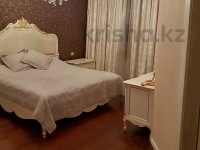 3-комнатная квартира, 200 м², 4/6 этаж помесячно, мкр Баганашыл 12 — Акиык за 700 000 〒 в Алматы, Бостандыкский р-н — фото 6