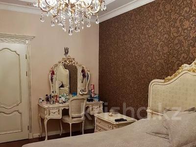 3-комнатная квартира, 200 м², 4/6 этаж помесячно, мкр Баганашыл 12 — Акиык за 700 000 〒 в Алматы, Бостандыкский р-н — фото 9