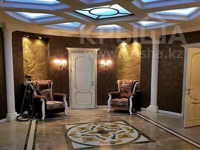 3-комнатная квартира, 200 м², 4/6 этаж помесячно, мкр Баганашыл 12 — Акиык за 700 000 〒 в Алматы, Бостандыкский р-н