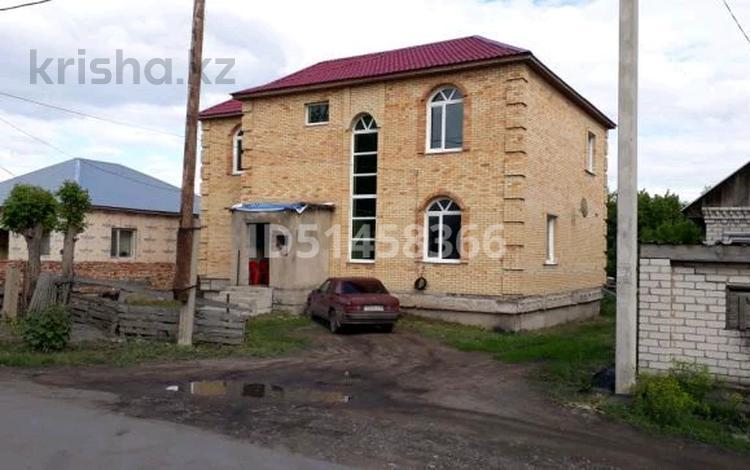 6-комнатный дом, 207 м², 10 сот., Жагалау 13 — Волочаевская за 33 млн 〒 в Караганде, Казыбек би р-н