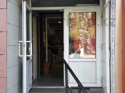 Магазин площадью 56 м², Ерубаева 49 — Н. Абдирова за 35 млн 〒 в Караганде, Казыбек би р-н — фото 5