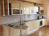 3-комнатная квартира, 135 м², 4/6 этаж помесячно, Ходжанова за 450 000 〒 в Алматы, Бостандыкский р-н