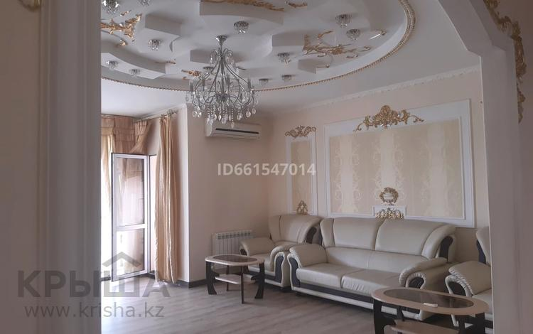 3-комнатная квартира, 170 м², 12/20 этаж посуточно, Брусиловского 163 — Шакарима за 20 000 〒 в Алматы