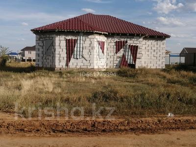 6-комнатный дом, 150 м², 10 сот., Акжар2 90 за 14 млн 〒 в Актобе, Новый город