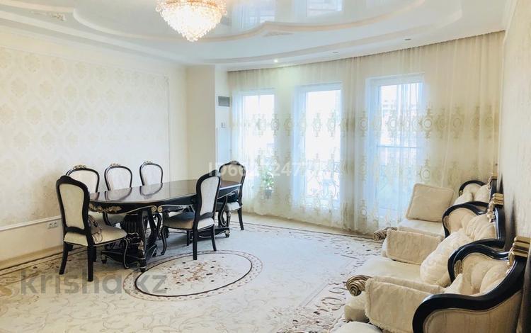 3-комнатная квартира, 80 м², 4/7 этаж, мкр Мирас, Аскарова 157 за 61 млн 〒 в Алматы, Бостандыкский р-н