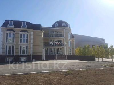 Здание, площадью 1450 м², Красина 49 за 275 млн 〒 в Актобе, мкр 12 — фото 2