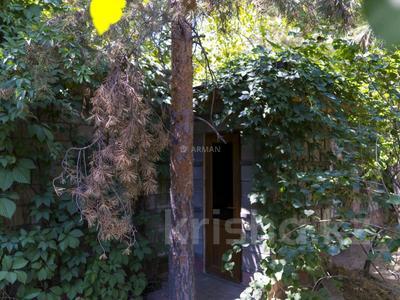7-комнатный дом, 500 м², 25 сот., Кошек батыра 2 — Аскарова за 370 млн 〒 в Алматы, Бостандыкский р-н