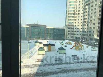 3-комнатная квартира, 86 м², 3/17 этаж, Абая 150 — Тургут Озала за 44.5 млн 〒 в Алматы, Бостандыкский р-н — фото 2