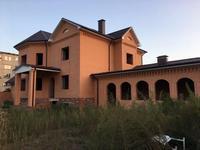 7-комнатный дом, 1200 м², 10 сот.