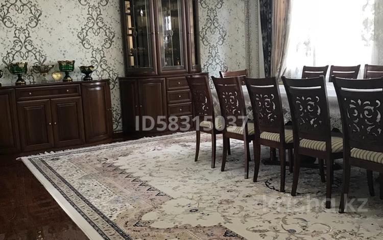 4-комнатная квартира, 123 м², 3/5 этаж, мкр Нурсат, проспект Назарбаева 146 за 45 млн 〒 в Шымкенте, Каратауский р-н