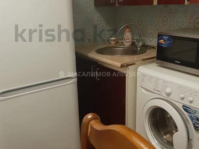 3-комнатная квартира, 59 м², 4/5 этаж, мкр Тастак-1, Фурката 9 — Толе би за 21 млн 〒 в Алматы, Ауэзовский р-н — фото 2