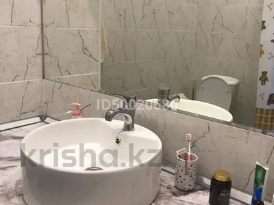 3-комнатная квартира, 140 м², 1/4 этаж, Иляева 113/4 за 55 млн 〒 в Шымкенте, Аль-Фарабийский р-н — фото 19