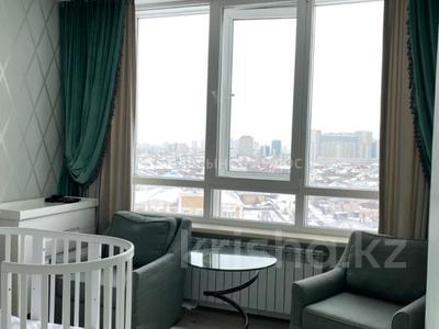 4-комнатная квартира, 152 м², 7/8 этаж, Кабанбай батыра 7 за 98 млн 〒 в Нур-Султане (Астане), Есильский р-н