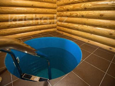 Дом, бани за 118 млн 〒 в Караганде, Казыбек би р-н — фото 3