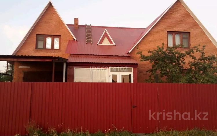 5-комнатный дом, 160 м², 6 сот., Октябрьская улица за 26 млн 〒 в Мичурино