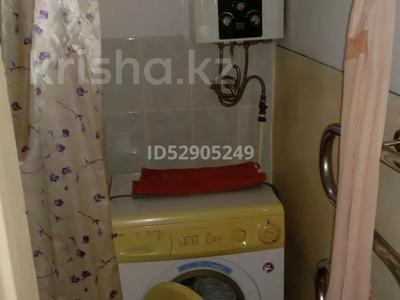 1-комнатная квартира, 32 м², 3 этаж, Ниеткалиева 12 — проспект Жамбыла за 5.9 млн 〒 в Таразе