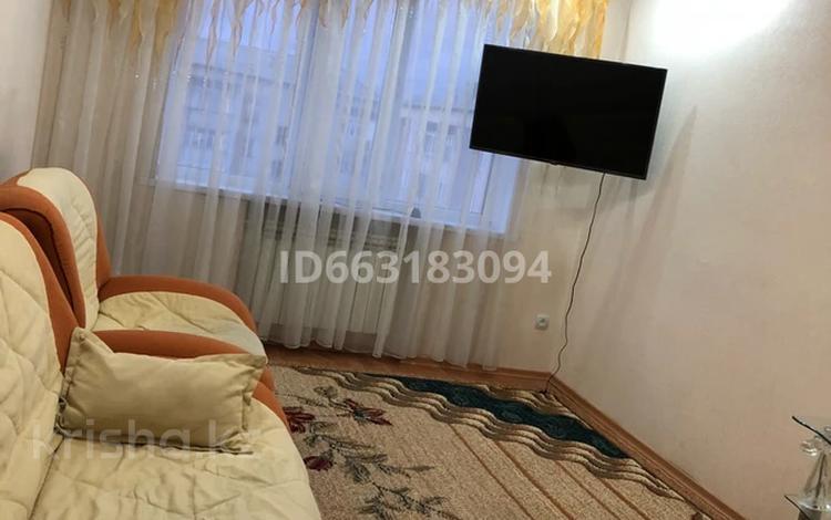 2-комнатная квартира, 64 м², 7/9 этаж посуточно, Толстого — Катаева за 10 000 〒 в Павлодаре