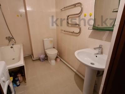 1-комнатная квартира, 48 м², 3/9 этаж посуточно, 30-й мкр 181 за 7 000 〒 в Актау, 30-й мкр