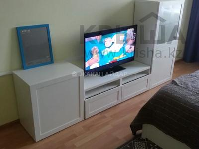 2-комнатная квартира, 70 м², 10/14 этаж помесячно, Жанибека Тархана 2а за 160 000 〒 в Нур-Султане (Астана), р-н Байконур — фото 2