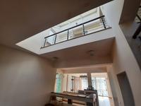 7-комнатный дом, 700 м², 20 сот.