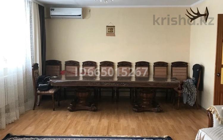 4-комнатный дом, 160 м², 8 сот., Бирлик 58 за 30 млн 〒 в Уральске