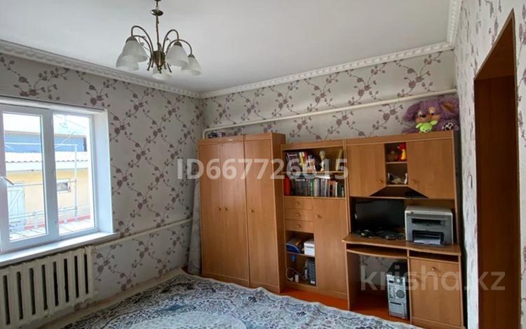 8-комнатный дом, 200 м², 7.5 сот., Жаманқара батыр 107 за 18 млн 〒 в Арыси