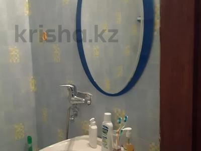 2-комнатная квартира, 58.3 м², 5/10 этаж, Ермекова 106А за 10.9 млн 〒 в Караганде, Казыбек би р-н — фото 9