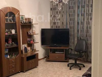 2-комнатная квартира, 61 м², 7/9 этаж, Ауэзова — Мынбаева за 25 млн 〒 в Алматы, Бостандыкский р-н — фото 2