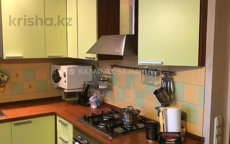 4-комнатная квартира, 130 м², 4/5 этаж, Мауленова — проспект Абая за 57 млн 〒 в Алматы, Алмалинский р-н