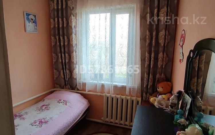 5-комнатный дом, 70.6 м², 16 сот., Тамабаева 45 — Комсомольская за 11 млн 〒 в Междуреченске