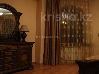 9-комнатный дом помесячно, 605 м², 14 сот., мкр Дубок-2, Мкр Дубок-2 — Цветочная за 850 000 〒 в Алматы, Ауэзовский р-н — фото 14